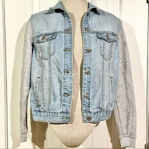 FOREVER 21 Button Front Jean Jacket w/ Knit Sleeve